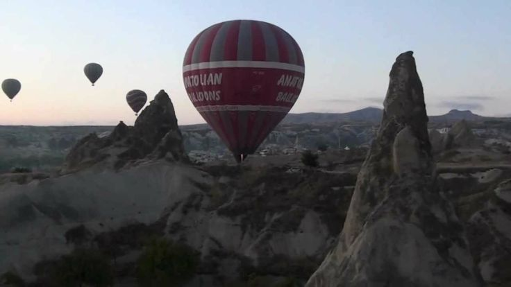 Travel - Cappadoce Vol en montgolfière http://www.ilovetravelling.fr/teste-vol-en-montgolfiere-en-turquie-cappadoce/