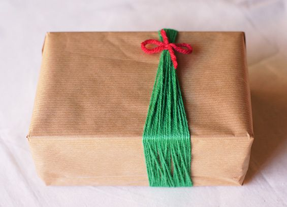 Three Creative Gift Wrapping Options – Simple and budget decorative wrapping for Christmas at DailyInkling.com