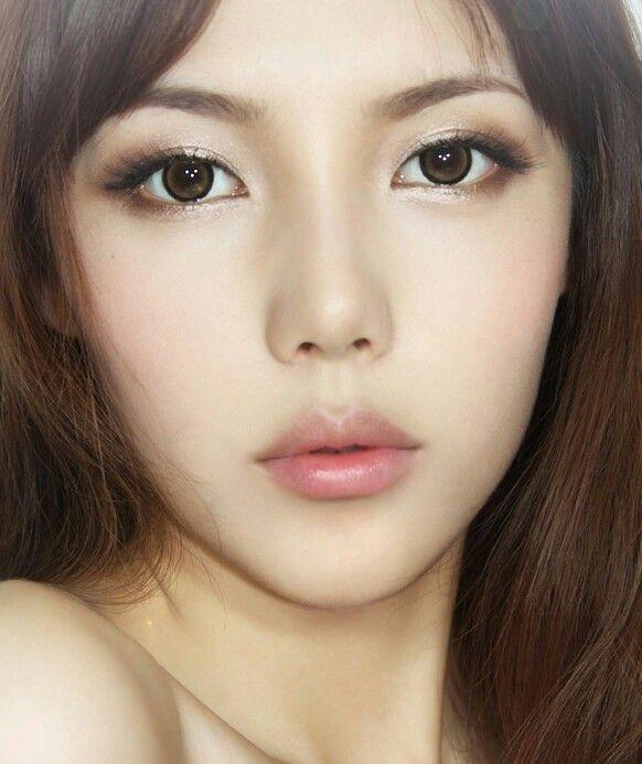 Korean makeup, love the eyes!