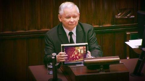 Kociołek na iPadzie Kaczyńskiego. Wie, co dobre ;)