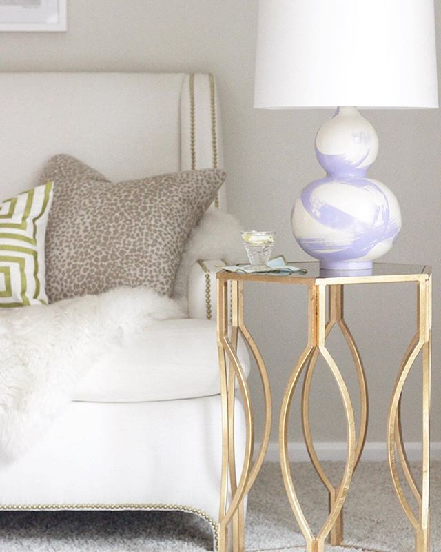 We are SO in love with this pretty little lamp from @janabekdesign! We just ordered one for a client and might need one for ourselves too! ✨ #lettherebelight #favorite