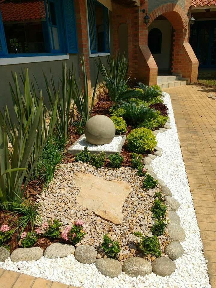 Jardin exterior esfera