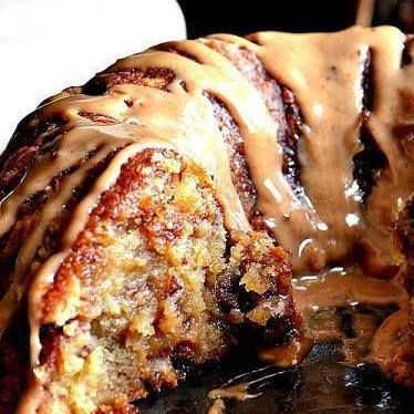 Brown Sugar Carmel Pound Cake - full of lots of fats and sweets, but looks oh so good, maybe make for a potluck or something where I can't eat the whole thing!