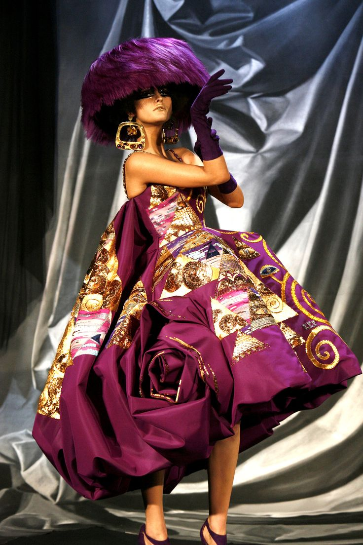17 best images about john galliano for dior on pinterest for Haute couture pronounce