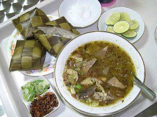 Resep Masakan Nusantara Soto Makassar dari anekaresepmasakannusantara.blogspot.com spesial bagi anda pecinta soto.. yuk mari dicoba.. :))