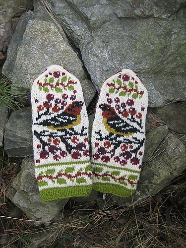 Ravelry: Birds and Berries pattern by Natalia Moreva