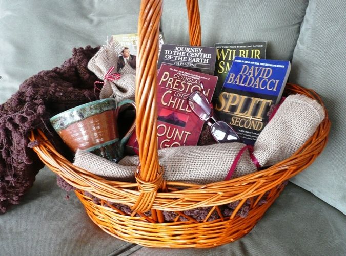 Book Lover Basket Gift Idea 39 S Pinterest Book Lovers