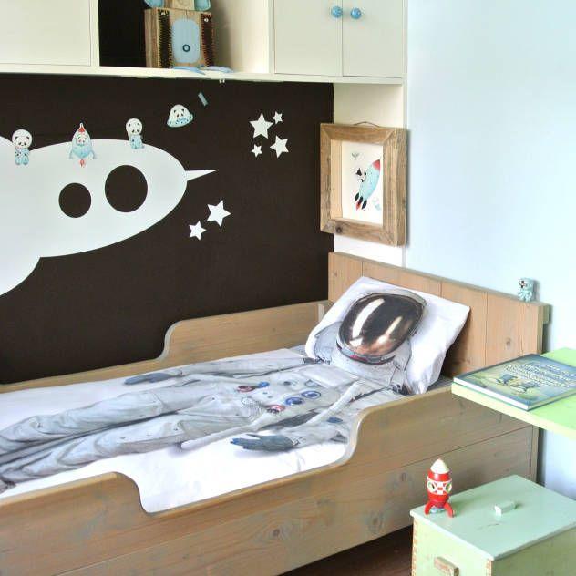 gestylde jongenskamer ruimte kinderkamervintage: Moderne kinderkamers van Kinderkamervintage