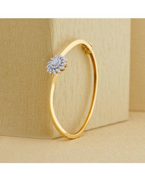 A #diamond embrace for your arms. Bracelets in pure, stunning #diamonds. #jewellery #bracelets #trendy #designer