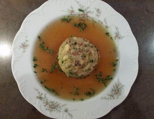 Der klassische Tiroler Knödel - Rezept - ichkoche.at