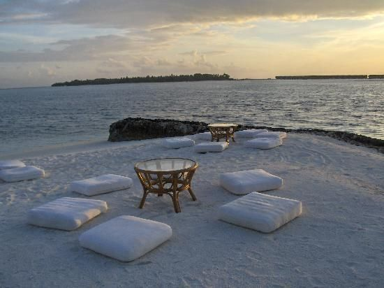 Gasfinolhu island resort Maldives #voyagewave #maldivesholidays -->> www.voagewave.com