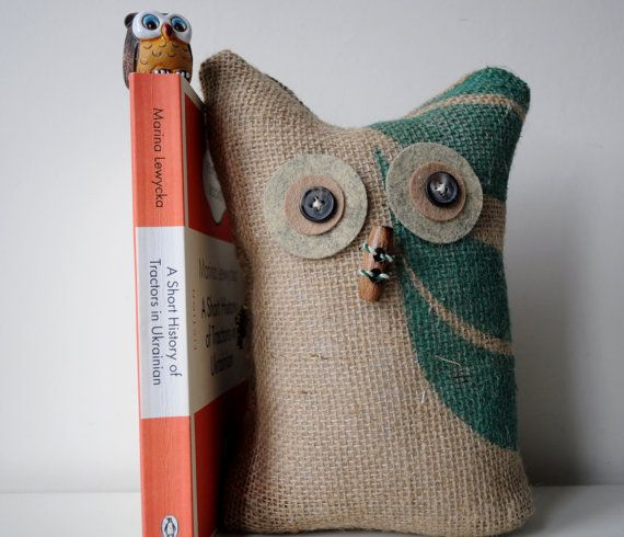 Owl bookend made from a coffee sack