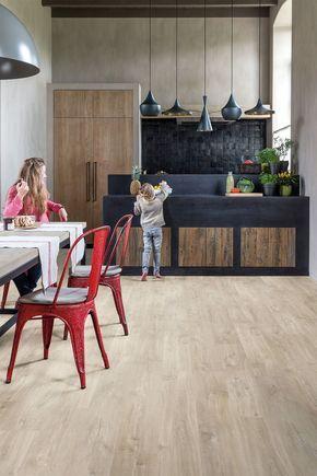 Revêtement sol cuisine  19 modèles de sol pour une cuisine au top - parquet flottant pour cuisine