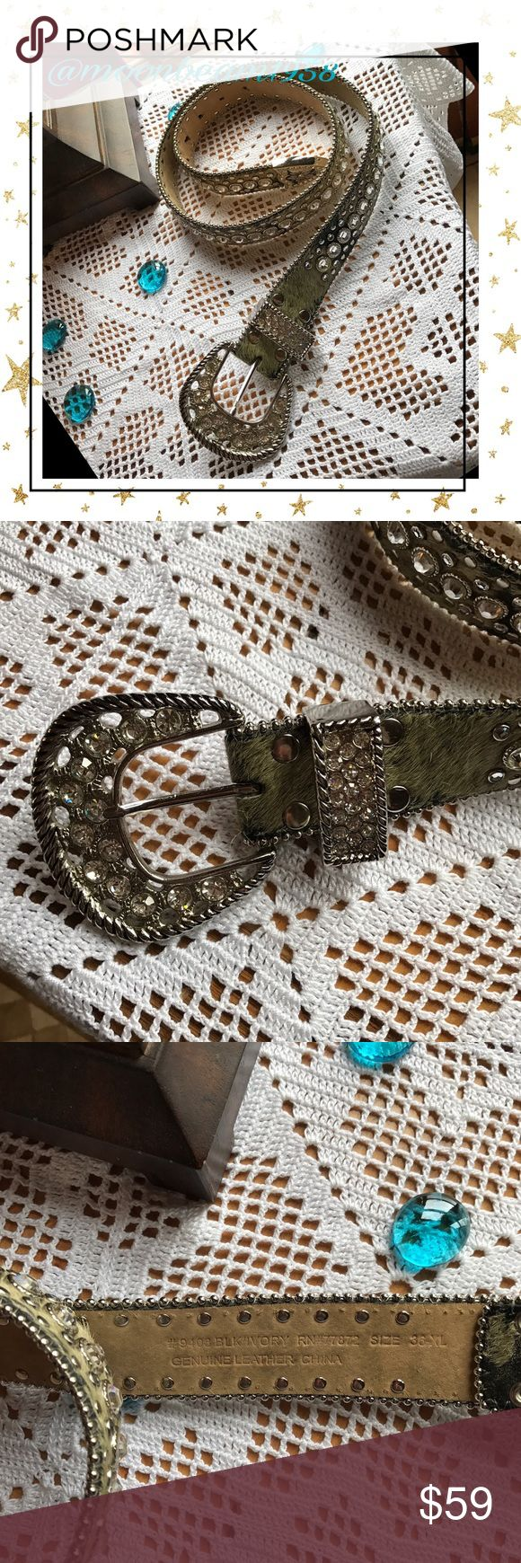 """Western belt🌵💕🦋 🌵🦋🐝💕Beautiful western bling belt! Leather with rhinestones and silver studs. Absolutely gorgeous! Is a size 36"""" XL but can be worn low in hips for a small or medium. Very stunning and sturdy! Accessories Belts"""