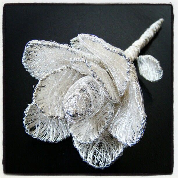 #art #abstract #sculpture #wire #metal #flowers #rose #Handmade