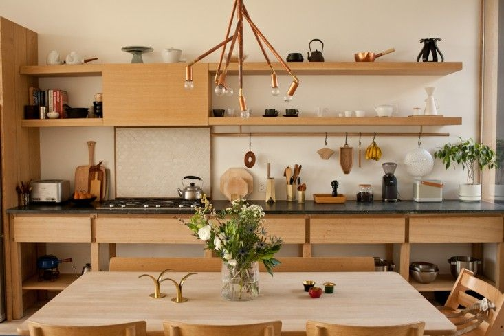 Juli Daoust and John Baker and their two young daughters live in a Toronto flat one flight of stairs up from Mjölk, their homewares shop. Not surprisingly,