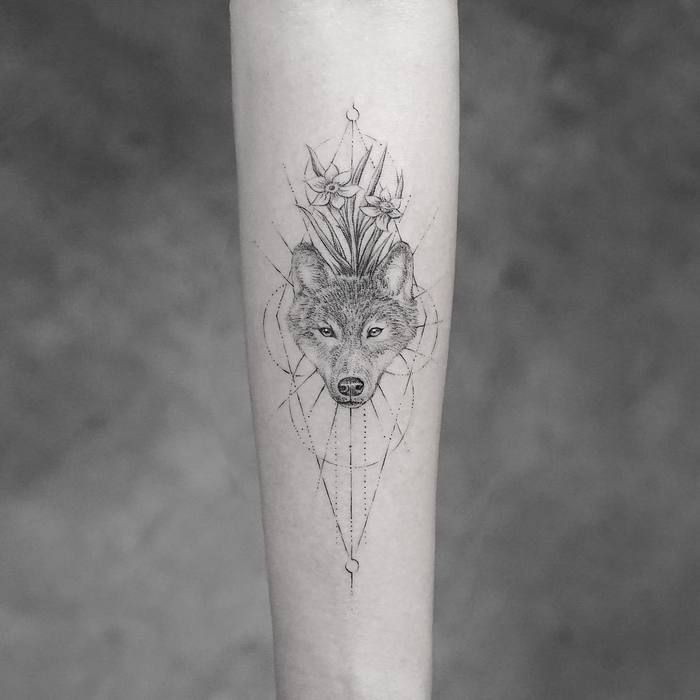 40 Amazing Wolf Tattoo Designs and Ideas – Page 2 of 4