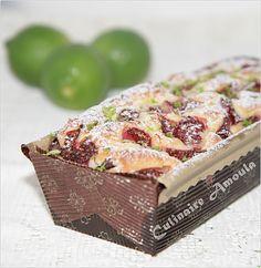 Cake moelleux au mascarpone, fraises et citron vert bio