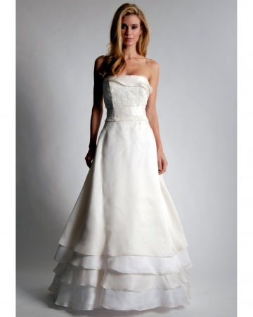 {Elizabeth St. John wedding dress}