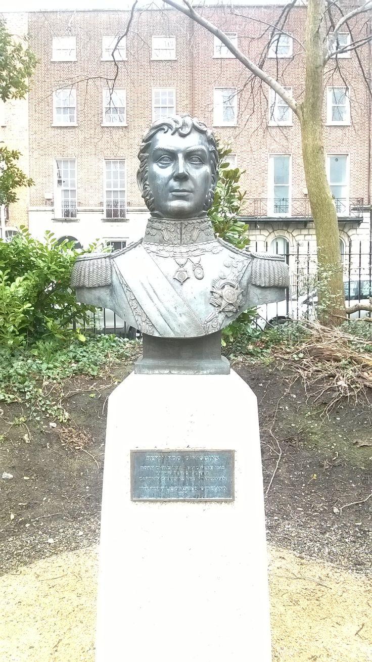 A monument to Bernardo O'Higgins, the liberator of #Chile.