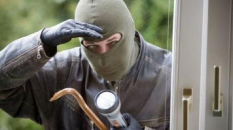 """Sfaturile Politiei pentru Sarbatorile de Paste: """"Nu lasati casa nesupravegheata!"""""""
