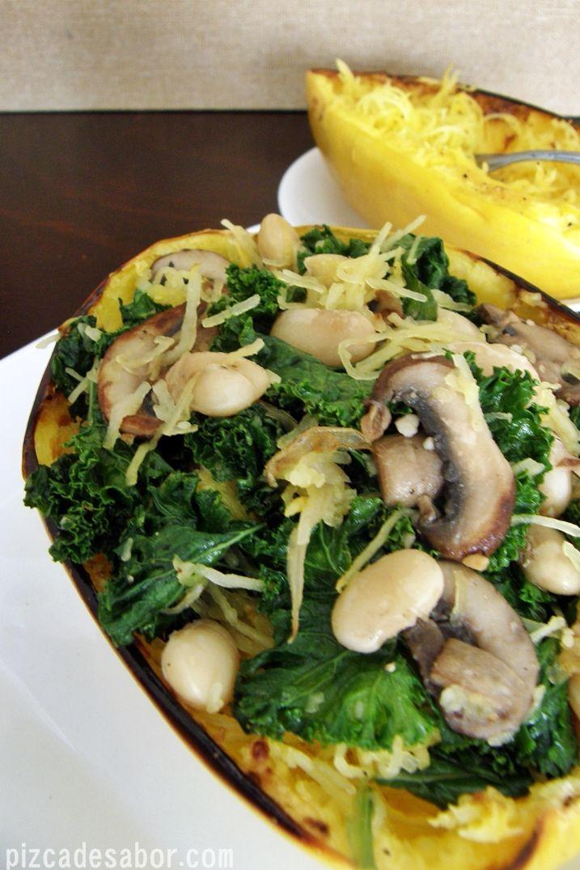 Calabaza espagueti con kale y alubias – Pizca de Sabor