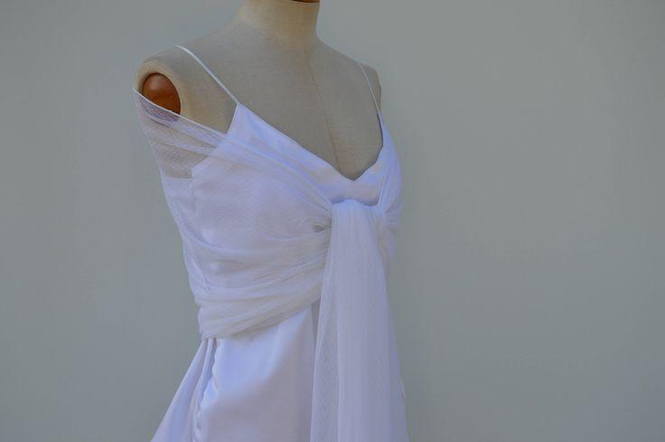 Etole en tulle plumetis blanc, étole plumetis mariée, étole blanche de la boutique Dentellepro sur Etsy