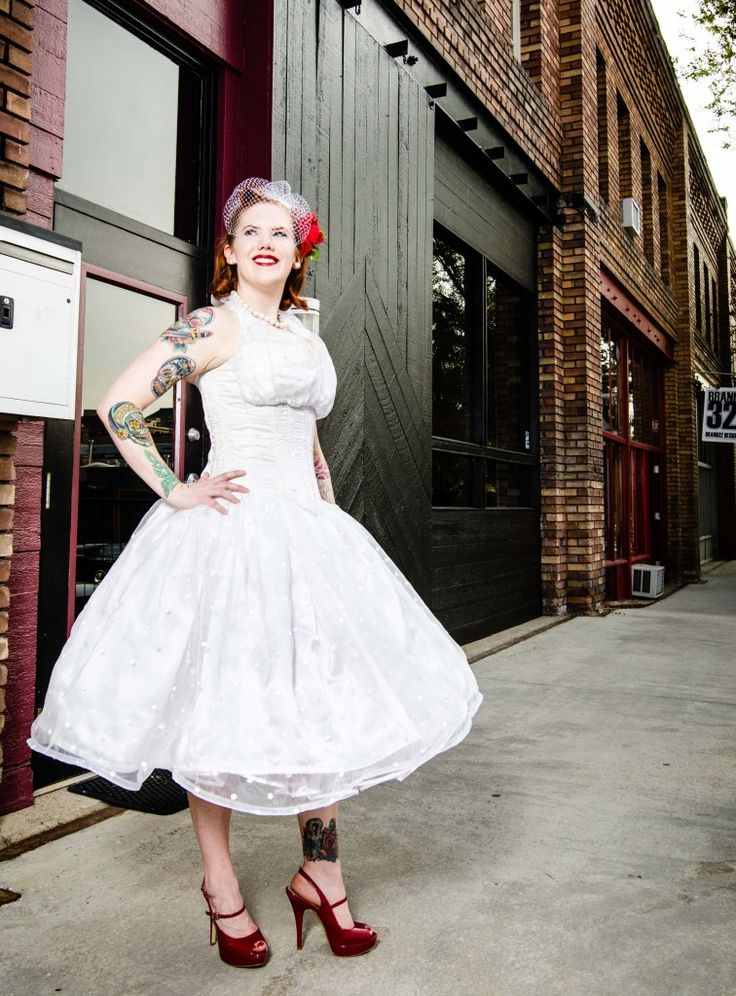 If Youre Keen On A Vintage Style You Cant Miss Our List Of Tea Length Wedding Dress