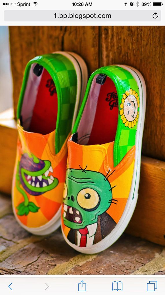 Plant vs Zombies Chomper Inspired Special Occasion Hand by ZoSos