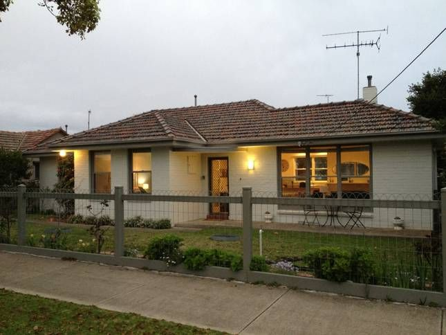 Highview Cottage   Geelong, VIC   Accommodation