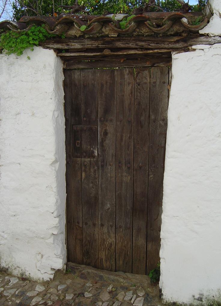 Puerta, Linares de la Sierra