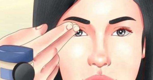 Ο κύριος λόγος για την εμφάνιση των ρυτίδων είναι το ξηρό δέρμα. Οι δερματολόγοι συστήνουν ότι οι άνθρωποι με ξηρό δέρμα θα πρέπει να εφαρμόζουν ενυδατική