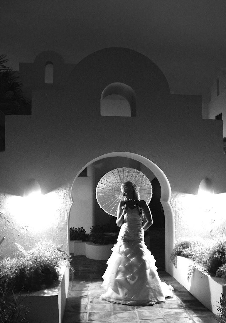 Susan Croft Photography www.AnguillaEscape.com #theluxuryweddingsource, #GOWS, #weddingstyle  Grace Ormonde Wedding Style Cover Option 2