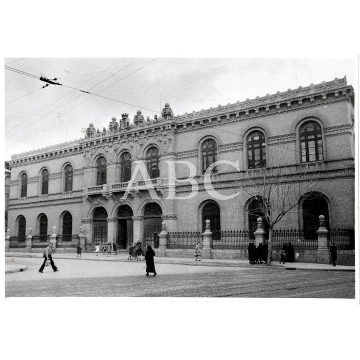 1943 ZARAGOZA - FACHADA DE LA UNIVERSIDAD - FECHA APROXIMADA: Descarga y compra fotografías históricas en | abcfoto.abc.es