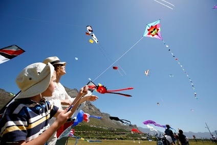 Flying Kites on Sea Point Promenade, Cape Town Location.