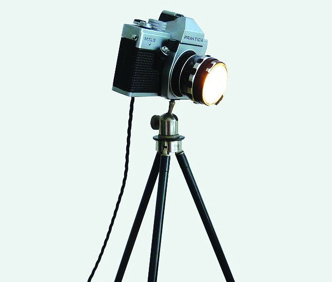 Let's be vintage!  Vintage Camera Lamp: how to repurpose  old Zenit and Praktica cameras into desk lamps! Each of the 35mm DSLR lamps is unique and outfitted with a dimmable 50W Halogen bulb for all your lightning needs  #weddinggifts