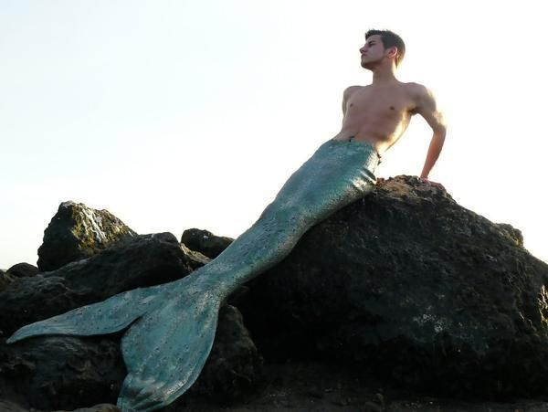 Mertailor-Eric | Mermen | Pinterest | Around the worlds ...