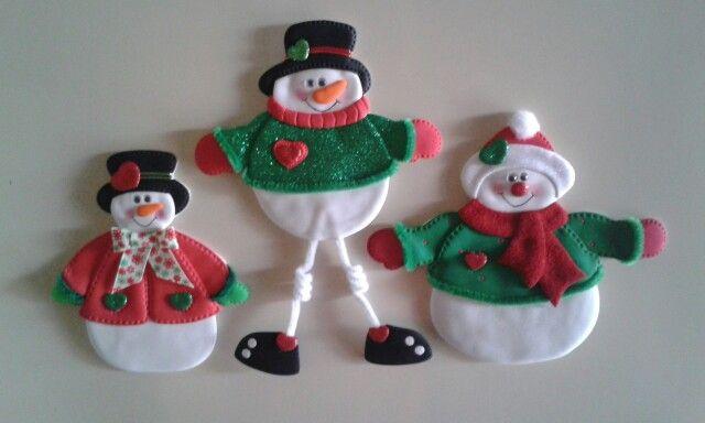Muñecos de nieve_Imánes para nevera, elaborados con foamy.