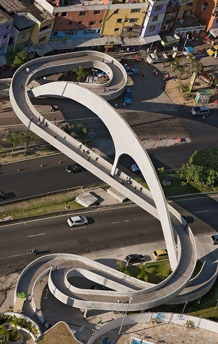 Passarela de Niemeyer.  Rocinha, Rio de Janeiro