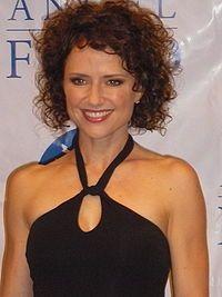 jean louisa kelly | Jean Louisa Kelly - Wikipédia