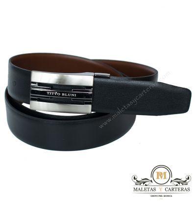 Cinturón de chapa para hombre reversible realizado en piel sin pespuntes de la marca Titto Bluni.