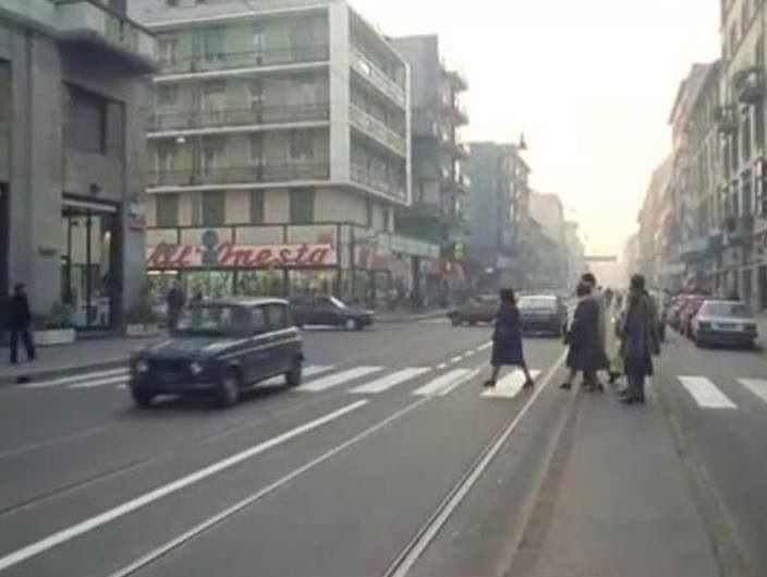 Corso Vercelli Milano qualche decennio fa'
