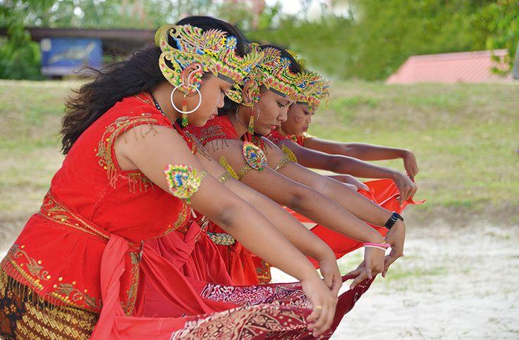 Surinaamse Javanen. (kalender NOV)