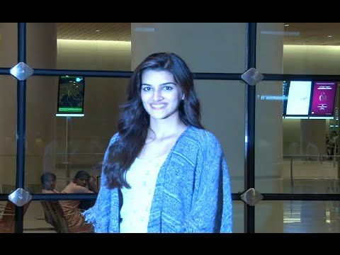 Kriti Sanon SPOTTED at Mumbai airport.