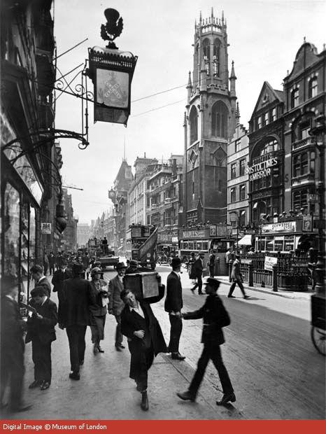 Fleet Street, 1920s. Scene of Posie's late night meeting with journalist Sam Stubbs