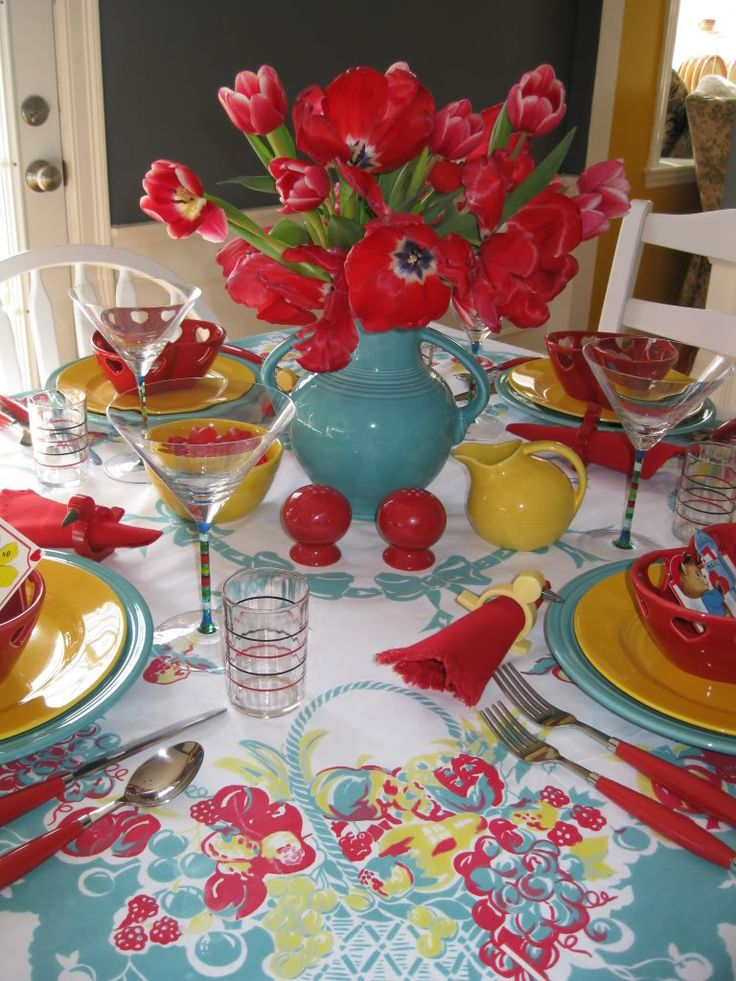 Kitchen colors - Love the red and turquoise ! Would add pops of yellow, orange and lime green !