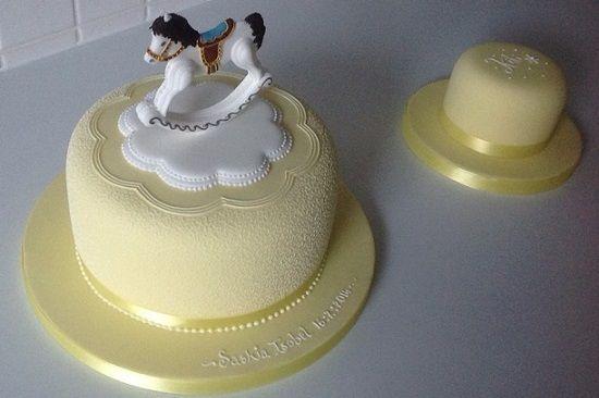 Rocking Horse Cake Design : Best 25+ Rocking horse cake ideas on Pinterest Horse ...