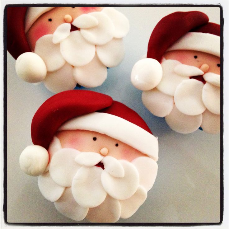 Santa cupcakes, OMG love these so much!