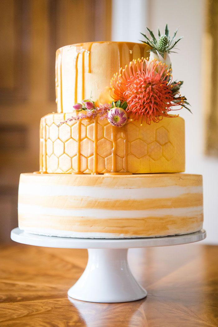 A rich and warm autumnal bridal shoot | Orange wedding cake | weddingsite.co.uk