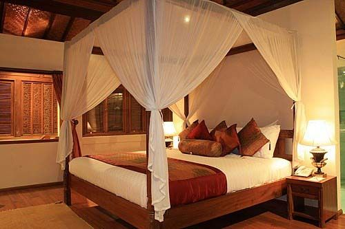 25 best ideas about indian style bedrooms on pinterest for Master bedroom designs in india